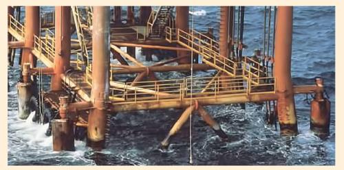 Рис. 7. Пример использования ремонтного материала Splash Zone А-788