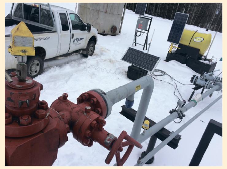 Рис. 1. Пусконаладка многофазного расходомера DIP на скважине в провинции Альберта, Канада