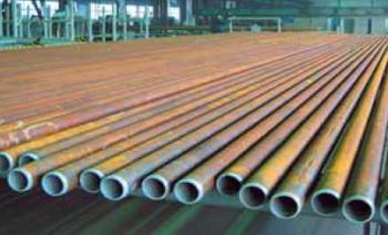 Рис. 4. Секции нефтепроводных труб с внутренним полимерным покрытием